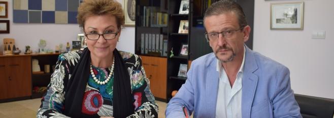La UMH y la Asociación de Comerciantes, Empresarios y Afines de Sant Joan d'Alacant colaboran en actividades educativas y culturales