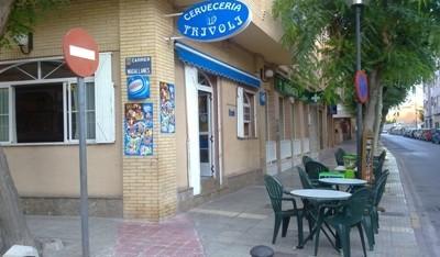 Cervecería Trívoli se suma al convenio con el Club Handbol .